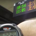 【海外の反応】日本の電車は正確すぎる!実際に検証した動画が話題に