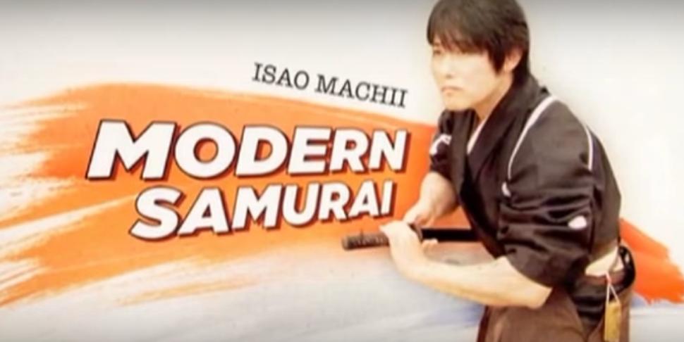 【海外の反応】「本物のサムライだ!」町井勲さんによる刀の居合い切り動画