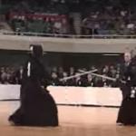 【海外の反応】外国人「まばたきできない・・・」第52回全日本剣道選手権大会の映像